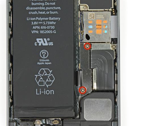 iPhone 5s Akku Schrauben