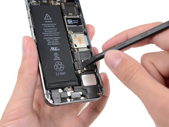 iPhone 5s Akku Stecker